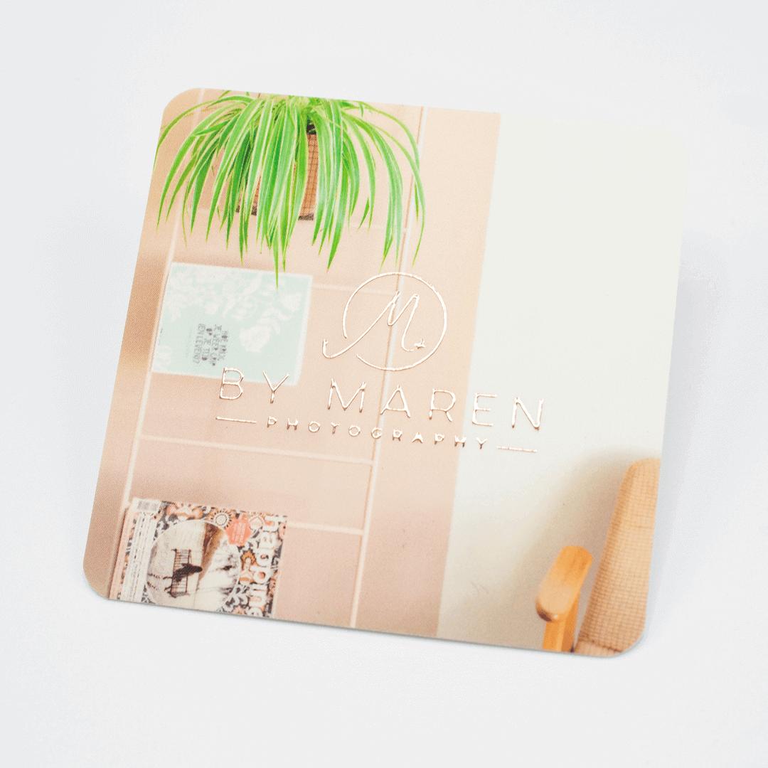 Visitekaartjes met goudfolie en ronde hoeken
